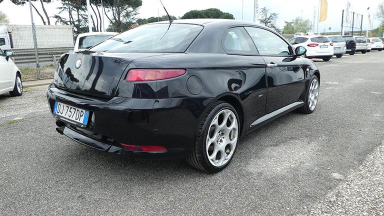 Alfa Romeo Gt Black Line