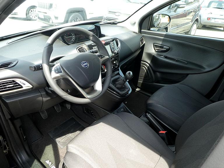 Lancia New Ypsilon